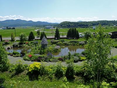 25ノームの庭全景.jpg